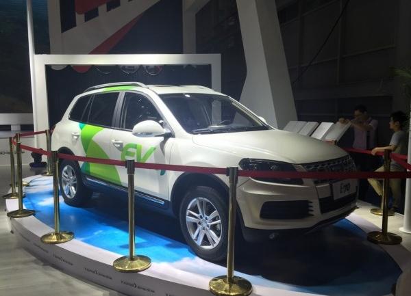 5成都车展 曝野马纯电动SUV E70高清图片