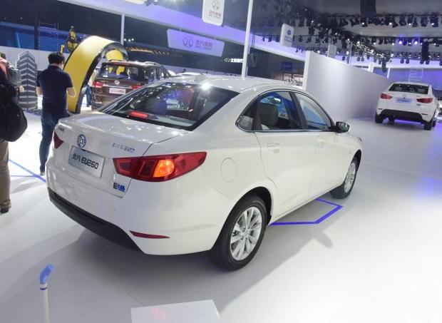 2015广州车展:北汽新能源eu260首发