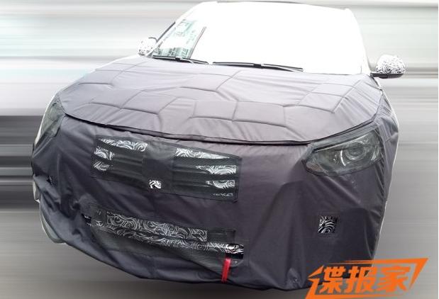 5月上市 疑似荣威RX5纯电动版谍照高清图片