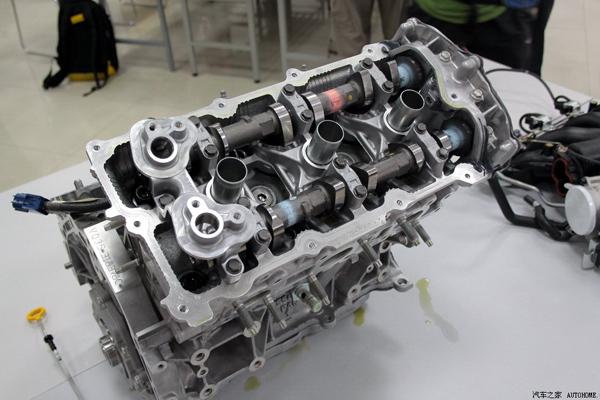 技术日产的王牌 vq35de发动机拆解说明