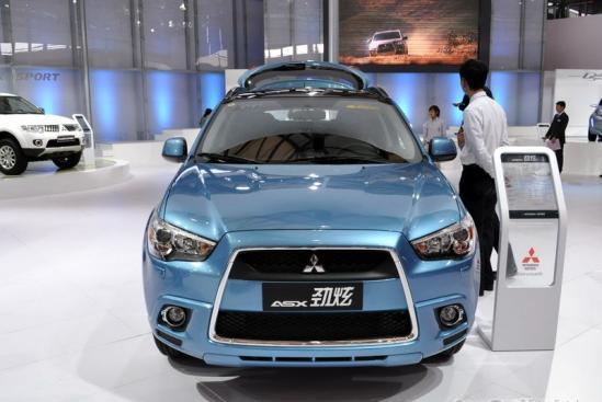"""蓝德"""".   劲炫是三菱在今年8月推出的一款全新城市suv车型,高清图片"""