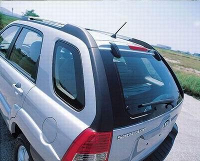 2004年的广州国际车展上,韩国起亚汽车公司 专门针对欧洲市高清图片
