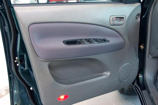 电动玻璃升降器