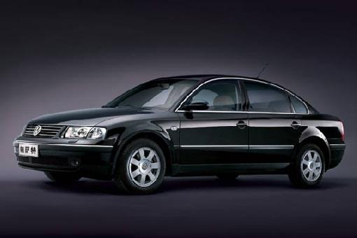 老款帕萨特1.8t经典车型,仅售   18.18万   老款1.8t帕萨特无论高清图片