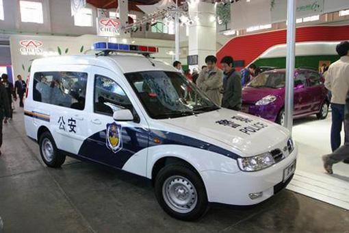 奇瑞首款多功能轿厢车――开瑞苏州上市 高清图片