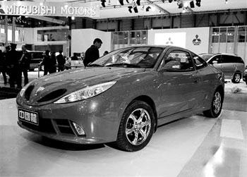 吉利自主研发的新车,包括全新中国龙跑车、两厢金刚以及08款高清图片